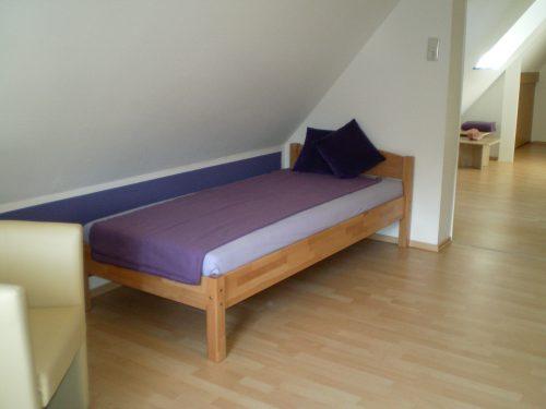 Die Räume der Dunkelklausur in Kelkheim/ Taunus - Bett